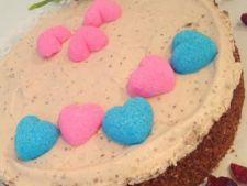 Tort crocant, pentru aniversari speciale