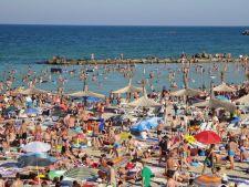 Peste 200.000 de turisti la mare. Preturile la cazare au explodat!