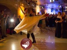 Cum sa iti transformi Primul Dans intr-o amintire de neuitat
