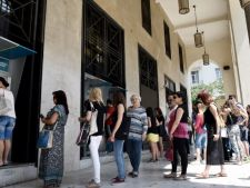S-au redeschis bancile din Grecia, dar urmeaza un val de scumpiri!