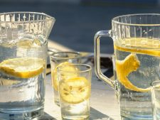 3 retete de bauturi de vara, delicioase si racoritoare