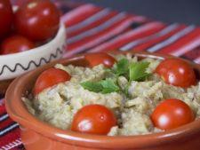 Gateste cu Oana: Cum se face salata de vinete (video)