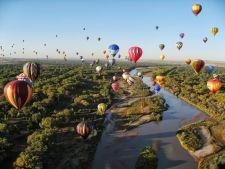 Top 4 locuri minunate unde te poti plimba cu balonul