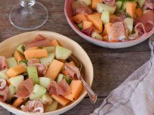 Salata de vara cu trei tipuri de pepene