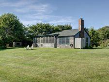 Casa de vacanta a lui Julianne Moore, de vanzare cu 3,5 milioane de dolari