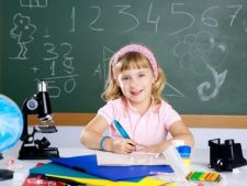 Cum aratau vedetele in prima zi de scoala! Imagini amuzante