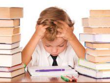Vesti bune pentru elevi! Este lege: mai putine teme pentru acasa!