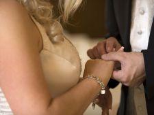 Varsta ideala pentru casatorie. Tu ai depasit-o?