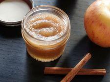 Scrub homemade cu aroma de toamna: scrub cu mar si scortisoara