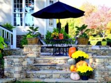 5 tricks for a yard in tone with fall
