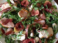 Salata de pui cu smochine si aroma de toamna