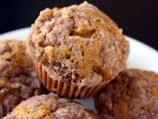 Muffins with pumpkin Apple  , for the chilly mornings