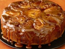 Cake-caramel Apple with  , a dessert aroma perfect for any occasion