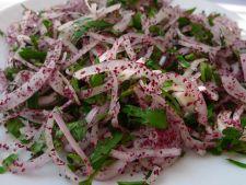 Cum sa prepari acasa salata turceasca de ceapa, ce creste imunitatea