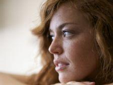 4 motive pentru care e bine sa fii singur/a de Sarbatori