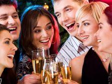3 reguli pe care sa nu le scapi din vedere la petrecerea de Craciun