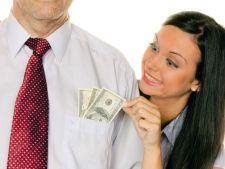 4 zodii de femei ahtiate dupa bani. Vor doar barbati frumosi si bogati