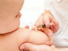 """Adio, neclaritati despre vaccinare!  A fost lansata campania """"Vaccinurile salveaza vieti""""!"""