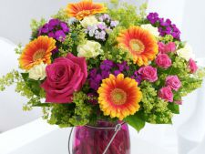 Cum sa aranjezi florile in vaza, ca un profesionist VIDEO