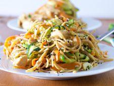 Gateste cu METRO. Noodles cu pui si legume pentru a sarbatori cum se cuvine Anul Nou chinezesc