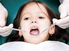 Expertul Acasa.ro, dr Cristina Tanase, medic stomatolog pedodont: Sigilarea dintilor, arma secreta impotriva cariilor copiilor