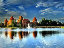 3 castele uimitoare construite pe apa! Pe care vrei sa-l vizitezi?