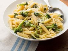Pasta with broccoli  , a recipe simple but delicious
