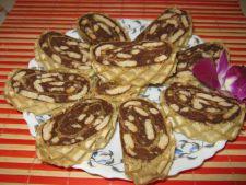 Expertul Acasa.ro, Mariana Robescu: Desert de post - Rulada de napolitana cu biscuiti