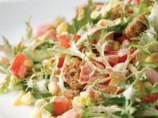 Retete dietetice: salata cu porumb si sunca afumata