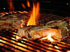 Gratar de 1 mai: costite delicioase de porc