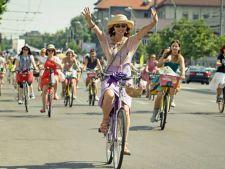 SkirtBike, un manifest pentru normalitate. Evenimentul care aduna mii de femei
