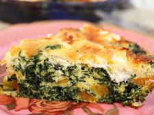 Quice with  , spinach mozzarella Parmesan and  , without crust. a recipe ideal for a meal fast