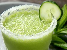 Margarita racoritoare cu menta si castravete! Cocktailul perfect pentru zilele de vara