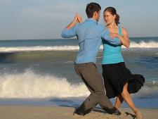 Concert si show de tango pe malul marii. Accesul este gratuit!