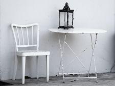 Da viata noua scaunelor vechi! 3 moduri in care le poti picta!