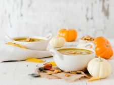 Supa de dovleac cu scortisoara, ideala in zilele mohorate de toamna