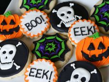 Cum sa decorezi biscuitii de Halloween ca un profesionist VIDEO