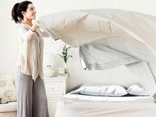 Tu la cat timp schimbi asternuturile de pat? Iata de ce trebuie sa faci acest lucru mai des