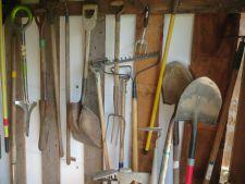 Cum sa ingrijesti uneltele de gradinarit pentru a rezista peste iarna