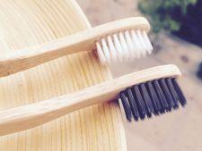 Periuta de dinti, utila in procesul de curatenie! 5 moduri in care o poti intrebuinta