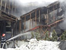 Incendiul din Bamboo: Martorii spun ca se fuma, desi este interzis!