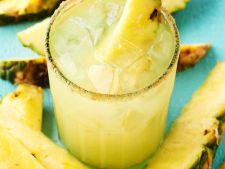 Margarita cu ananas si scortisoara, un deliciu la orice petrecere