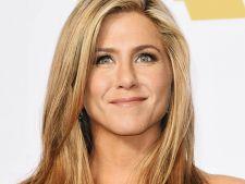 Jennifer Aniston, corp de adolescenta la 48 de ani! Afla-i secretul