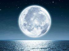 Primii turisti vor calatori in jurul Lunii in 2018