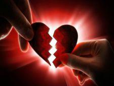 Zodiile care au ghinion in dragoste in luna martie! Te numeri printre ele?