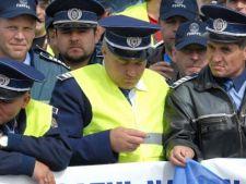 Proteste in Bucuresti! Politistii au iesit in strada pentru a-si cere drepturile