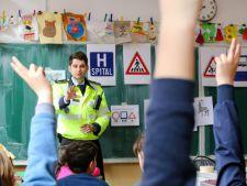 """""""Ora de educatie rutiera"""" revine in scolile din Romania"""