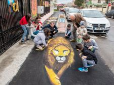 Trotuar senzorial pentru copiii cu nevoi speciale! Un proiect unic in Romania