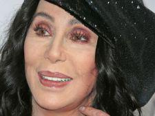 Cher, sumar imbracata la Billboard Music Awards! Cum arata la 71 de ani!