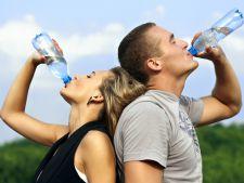 Dieta cu apa chioara. Slabesti 10 kilograme in 3 saptamani